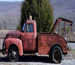 What Are The Reasons To Call A Tow Truck?